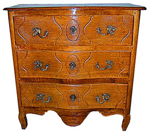 A Fine 18th Century French Louis XV Provincial Oak Chest No. 343