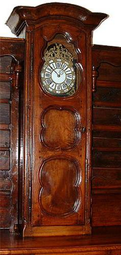 An 18th Century Louis XV/XVI Transitional Provincial Walnut Vaisselier Horloge No. 2652