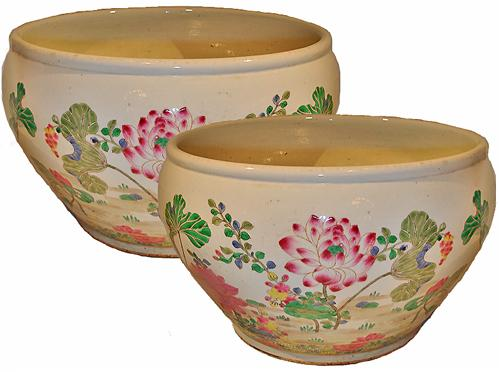 A Pair of Large 19th Century Famille Rose Chinese Porcelain Pots