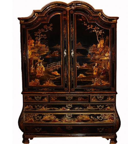 An Impressive 18th Century Dutch Black Chinoiserie Cabinet