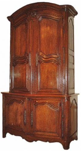 An 18th Century Louis XV French Oak Buffet a Deux Corps No. 3423