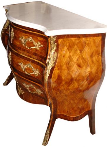 A Rare 18th Century Italian Louis XV Arbalette Bombé Commode No. 2241